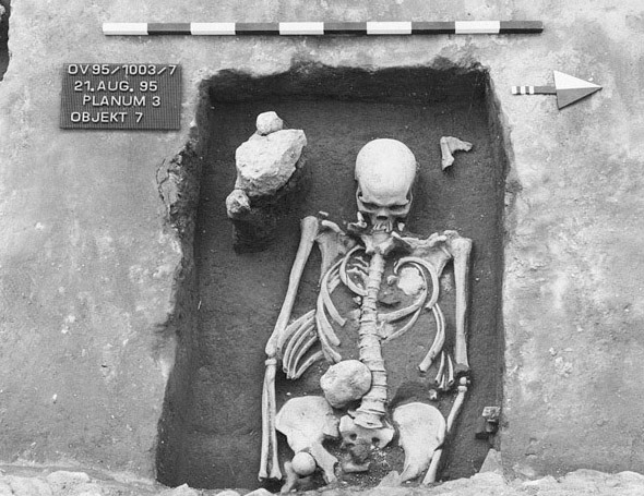 Grób szkieletowy