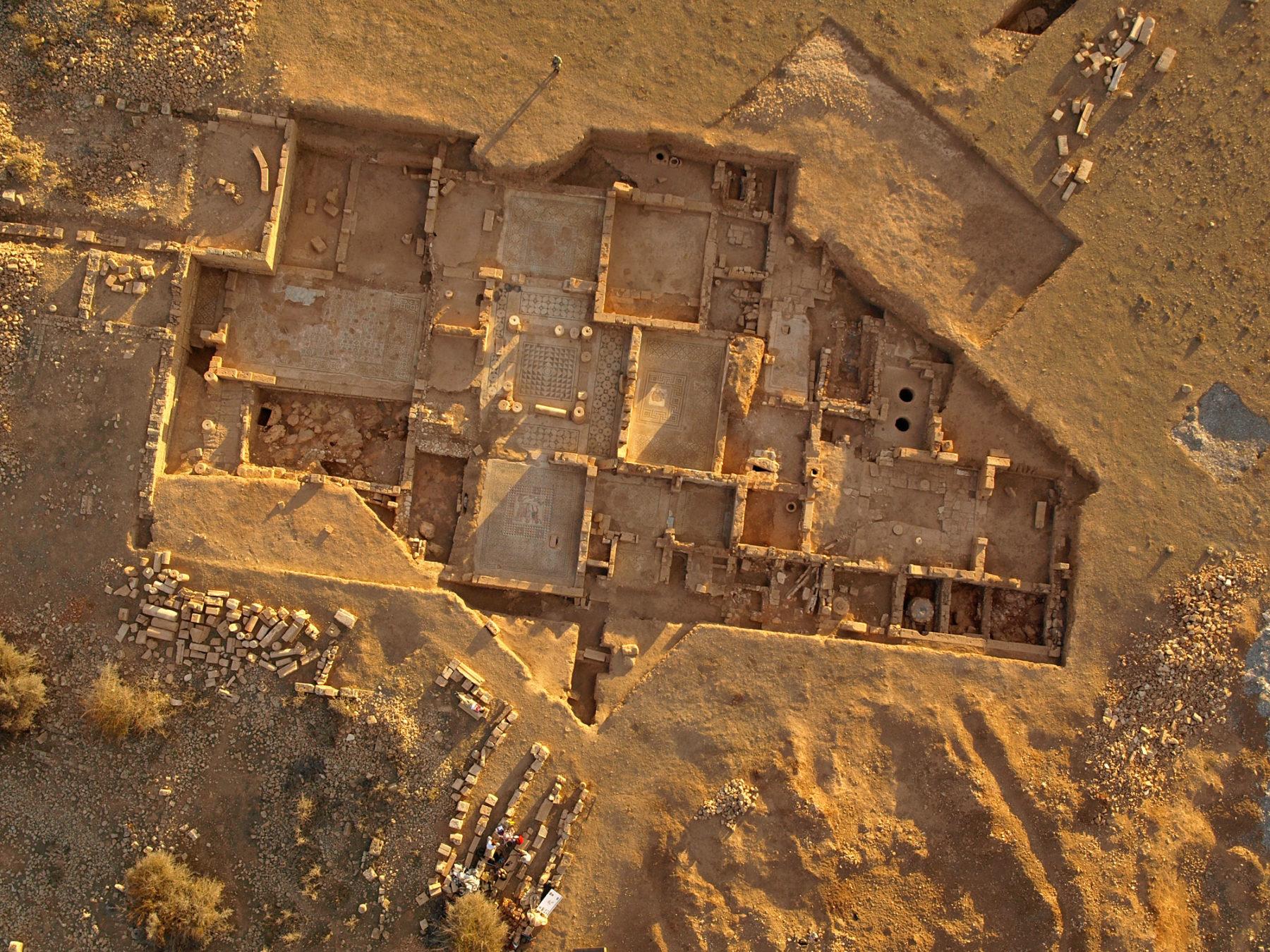 Polish excavations in Libya. phot. Miron Bogacki